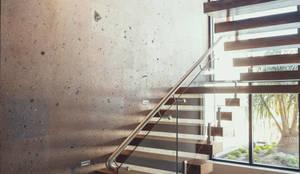 modern Corridor, hallway & stairs by Imativa Arquitectos