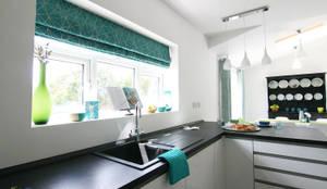 Kitchen area-window treatment: modern Kitchen by Katie Malik Interiors