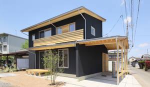 Rumah by 芦田成人建築設計事務所