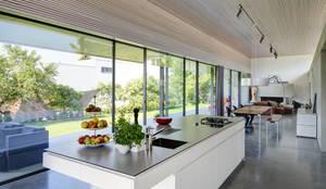 modern Kitchen by Schenker Salvi Weber