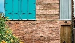 Casa ReFit: Casas  por Ferraro Habitat
