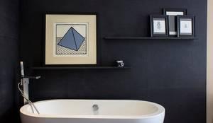 Baños de estilo moderno de Concepto Taller de Arquitectura