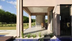 บ้านและที่อยู่อาศัย by Parrado Arquitectura