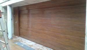 Projekty,  Drzwi do garażu zaprojektowane przez CIERRES METALICOS AVILA, S.L.