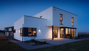 ARCHITEKTUR TREND - Der zeitlos-moderne Bauhausstil:  Einfamilienhaus von FingerHaus GmbH