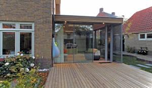 De tuinkamer:  Serre door Roorda Architectural Studio