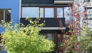atriumhaus wezel/maschke: moderne Häuser von architekturbüro wezel