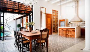 Phòng ăn by Taller Estilo Arquitectura