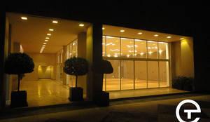Iluminación: Casas de estilo moderno por Energetika Technologies