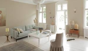 غرفة المعيشة تنفيذ CARLO Berlin - Architektur & Interior Design