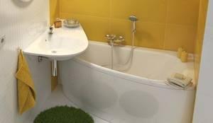 Raumsparbadewanne Avocado: klassische Badezimmer von Stach & Daiker GbR