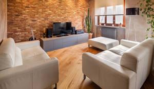 industrial Living room by AMlab
