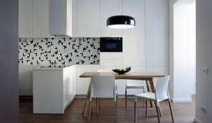 Projekty,  Kuchnia zaprojektowane przez Lugerin Architects,