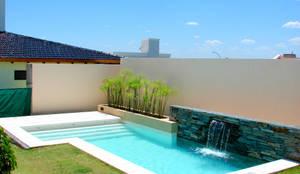 Arquitectura decoraci n y dise o de interiores homify - Cuanto vale construir una piscina ...