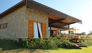 Nhà by Ambienta Arquitetura