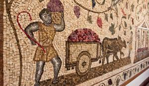 Paineis em mosaico: Adegas clássicas por Mosaico Leonardo Posenato