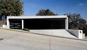 modern Garage/shed by aaestudio