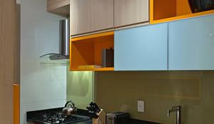 مطبخ تنفيذ Lucas Lage Arquitetura