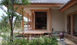 前庭: 計画工房 辿が手掛けた庭です。