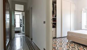 Corridoio: Ingresso, Corridoio & Scale in stile in stile Classico di 02A Studio