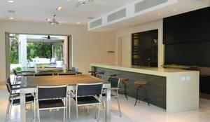 Casa en Mailyng: Jardines de estilo  por JUNOR ARQUITECTOS,