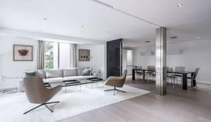 Salas de estilo minimalista por Hernández Arquitectos