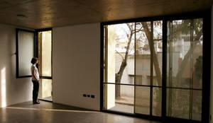 Zapiola 3625: Comedores de estilo  por IR arquitectura