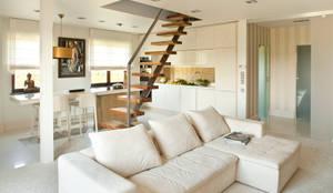 modern Living room by Jeżewska & Zakrawacz