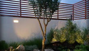 Jardín Nativo en el Campestre, Qro.: Jardines de estilo rústico por Hábitas