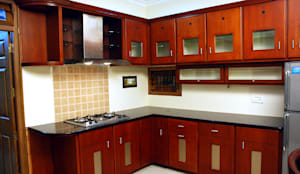 Krishnakumar Residence: classic Kitchen by dd Architects