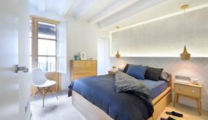 modern Bedroom by Egue y Seta