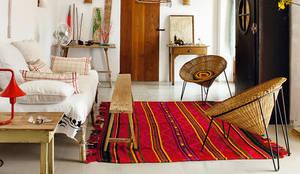 Salas de estar modernas por Eurekaa