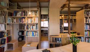 ほんとのいえ: スズケン一級建築士事務所/Suzuken Architectural Design Officeが手掛けたリビングです。