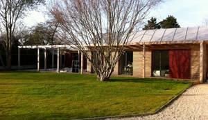 Maison bioclimatique de plain pied par Atelier d\'Architecture Marc ...