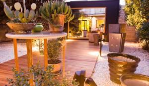 Objetos de diseño y muebles: Jardines de estilo moderno por VIVANT LA VIE