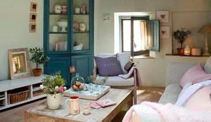 Proyectos de interiorismo varios : Livings de estilo  por estudio 60/75
