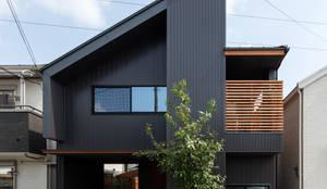 藤森大作建築設計事務所의  주택