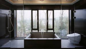Z-House: 'Snow AIDe의  욕실
