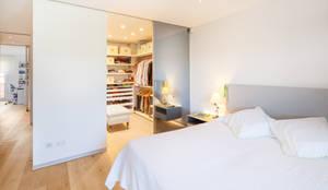 colonial Bedroom by Tarimas de Autor