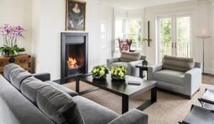 Salon de style de style Moderne par Antonio Martins Interior Design Inc
