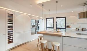مطبخ تنفيذ HONEYandSPICE innenarchitektur + design