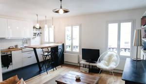 modern Living room by Lise Compain