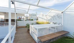 VIVIENDA UNIFAMILIAR MG: Terrazas de estilo  por Marantz Arquitectura