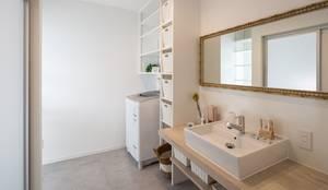 浴室 by LITTLE NEST WORKS