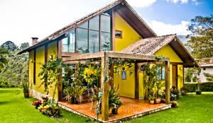 Chalé na Montanha - MVDA: Casas  por Carlos Eduardo de Lacerda Arquitetura e Planejamento ,Campestre