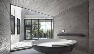 송도주택: 아키텍케이 건축사사무소의  욕실