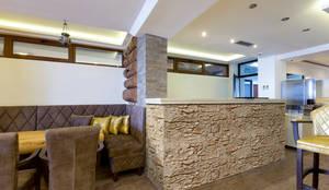 Piedra Segovia tierra: Paredes y pisos de estilo rural por PANESPOL, Surface Lovers
