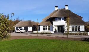 Projekty, wiejskie Domy zaprojektowane przez 01 Architecten