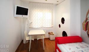 Dormitorio infantil: Dormitorios infantiles de estilo moderno de Gemmalo arquitectura interior