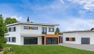 Exklusive Stadtvilla mit Walmdach, Gauben und Erker by Albert-Haus ...